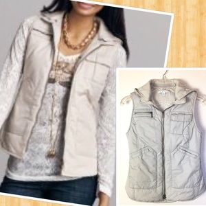 CAbi Vintage Style Light Grey Puffer Hoodie Vest